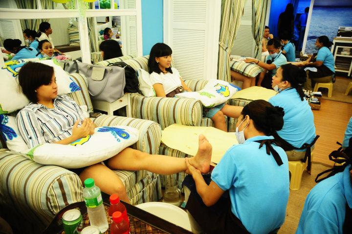 nailaholics national pampering day philippines